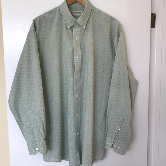 Banana Republic Green Check Button Down Shirt - L